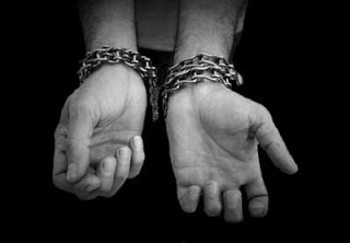 Chained_hands